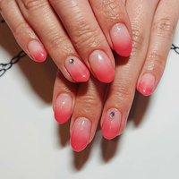 春らしいチェリーピンクのお色のワンカラーグラデーション✨ #ネイルサロンアル #nailsalonARU #チェリーピンクカラー #グラデーションネイル春 #春 #ハンド #グラデーション #ミディアム #ピンク #nailsalonARU #ネイルブック