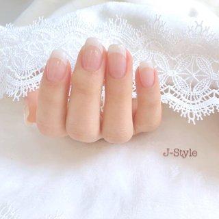 お客様ネイル♡ うるつやぷるん♡♡♡ シンプルなピンクベージュのカラーグラデーション。 先が見通せない今だから…シンプルなお仕上げにしました。 お手入れされた指先が、とっても綺麗です(*´꒳`*)♡ ・ ・ ・ 🌸お爪を健康なままジェルネイルを楽しみたい方♬ 🌸ジェルアレルギーでジェルネイルを諦めている方。 お気軽にお問い合わせください(*´˘`*)♡ ・ ♦︎シャイニージェルパワーベースマイスター ♦︎ネイルパフェジェルアンバサダー ♦︎コアジェルパフォーマンスアーティスト ・ *:ஐ(●˘͈ ᵕ˘͈)人(˘͈ᵕ ˘͈●)ஐ:* ・ #nail #nails #nailstagram #ネイル #シンプルネイル 🌹#シャイニージェル #ella #ellabyshinygel #shinygel #パワーベースマイスター #パワーベース #弱酸性ジェル #爪に優しいジェル 🌹#ネイルパフェジェル 🌹#コアジェル 中心にジェルを取り揃えております⭐️ #ネイルサロン #自宅ネイルサロン#jstyle #市川 #松戸 #矢切 #北国分 #ネイリスト #箱山淳子 @nailsalon.j_style #nailbook 掲載店♥️ #cancam #キャンキャン 掲載店♥️ #nailmax #ネイルマックス 掲載店♥️ #春 #オールシーズン #オフィス #デート #ハンド #シンプル #フレンチ #ワンカラー #ミディアム #ホワイト #ベージュ #ピンク #ジェル #お客様 #♡J-Style♡byJUNKO #ネイルブック