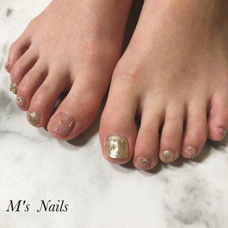 #スタースタッズ⭐︎  ご来店ありがとうございます( ¨̮ )︎❤︎ ・ ・ ・ ・ +……………………………………………………………......+ 〜M's Nails〜 プライベートサロン💅 @msnails1016  ご予約・お問い合わせ♡ 🎀LINE ID・・@fbj1732b 📩メール・・msnails1016@gmail.com  皆様のご来店、お待ちしております(*´∀`)✨ +………………………………………………………………....+ #m'snails#エムズネイルズ#熊谷市#熊谷#熊谷ネイルサロン#熊谷市ネイルサロン#自宅サロン#完全個室#お子様連れ大歓迎#ネイルケア#ケア重視#爪に優しいジェル#オフ無料#ご新規様大歓迎#定額制ネイル#フリーオーダー#お持ち込みデザインok#低価格#nail#ジェルネイル#2019#リーフジェル#agehagel#リッカジェル#ニュアンスネイル#nuancenail#nuance#春ネイル2020#ネイルデザイン2020#最新デザイン#フットネイル #オールシーズン #フット #シンプル #ラメ #ワンカラー #ベージュ #ピンク #ゴールド #ジェル #お客様 #M's Nails〜private nail salon〜 #ネイルブック