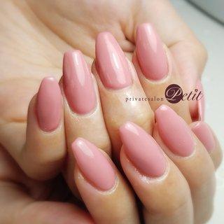 いつもありがとうございます♡  #ワンカラーネイル #くすみピンク #大人ピンク #スクエア #ワンカラーかわいー😍 #ハンド #シンプル #ワンカラー #ピンク #お客様 #privatesalonプティ♡akane.(石川県内灘町) #ネイルブック