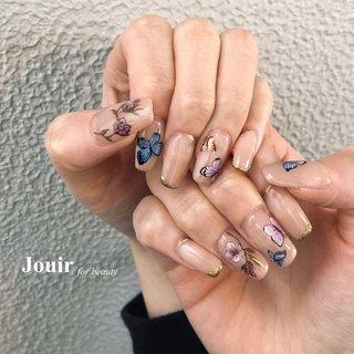 #蝶々 #ちょうちょ #アゲハ蝶 #butterfly #春 #ハンド #シンプル #フラワー #アンティーク #ニュアンス #ベージュ #ピンク #スモーキー #Jouir for beauty - hair nail eyelash- #ネイルブック