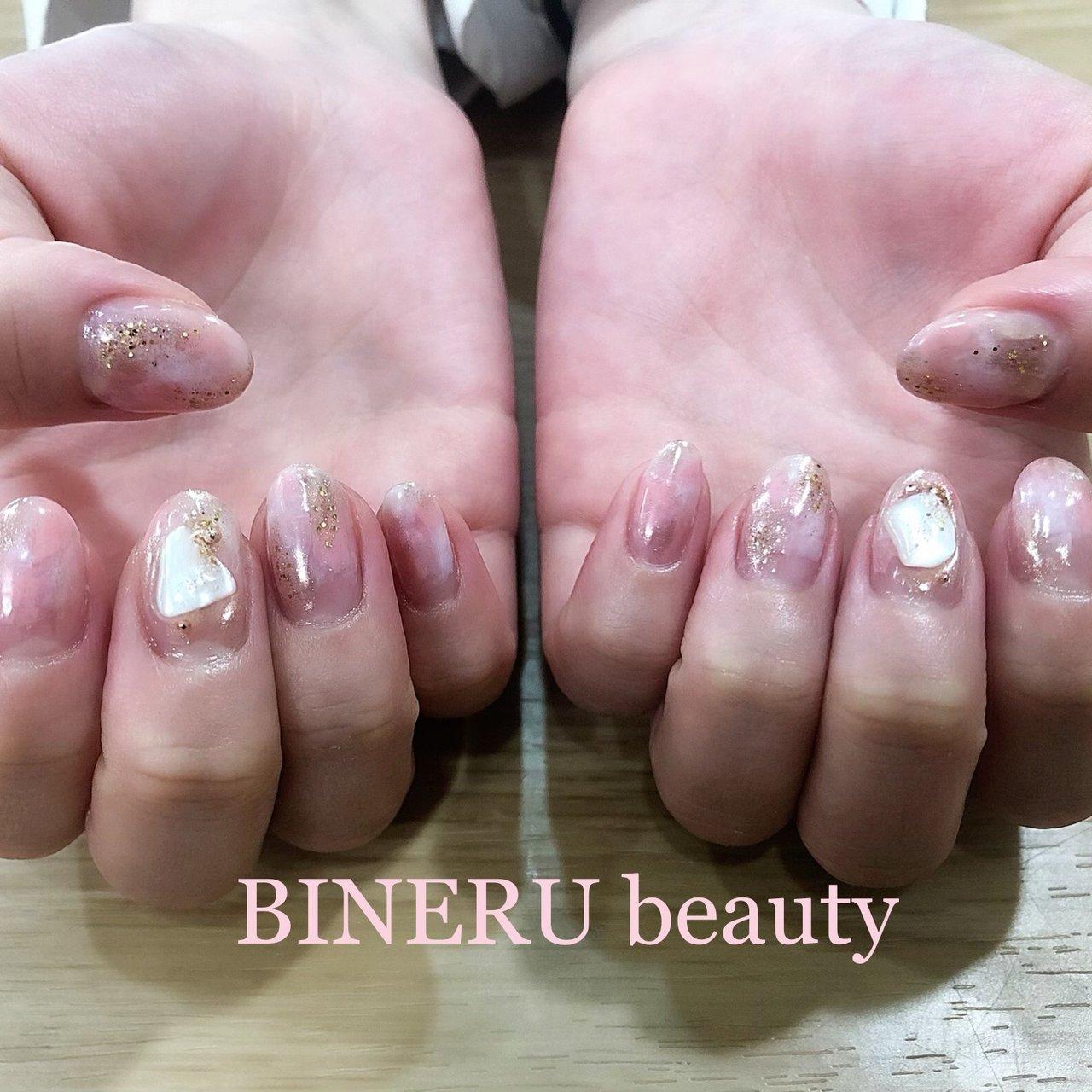 春のニュアンスネイル💕💕 #ピンクネイル #ニュアンスネイル #シェル埋め込み #ミラーネイル #BINERU beauty #静岡ネイルサロン #BINERU beauty #ネイルブック