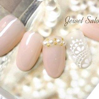 #オールシーズン #オフィス #ブライダル #ハンド #シンプル #ワンカラー #レース #ミディアム #ホワイト #クリア #ベージュ #ジェル #ネイルチップ #JEWEL SALON total beauty【旧jewel nail】 #ネイルブック