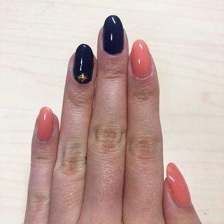 #セルフネイル #マニキュア #レッドネイル #サーモンピンク #ネイビーネイル #スタッズネイル #オフィスネイル #ワンカラーネイル #ニトリ #ネイル乾燥機 #selfnail #manicure #rednails #nailstagram #onecolornails #むすんでひらいて #ネイルブック