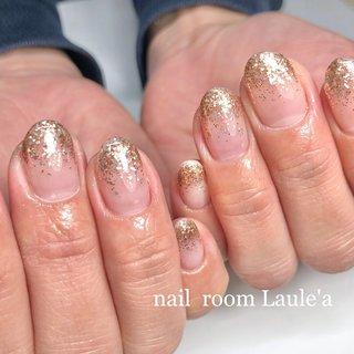 #ラメグラ#ラメグラデ#シンプル#オフィス#上品ネイル#大人ネイル#ジェル #オールシーズン #ラメ #ラメ #nail room Laule'a_eri #ネイルブック