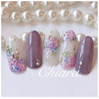 *   サンプルチップより💍♡   梅雨ネイル☂️♥︎  #紫陽花ネイル        Instagram → yochan4.nail #梅雨 #フラワー #パープル #YokoShikata♡キアラ #ネイルブック