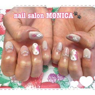 ピンクのアーガイルがかわいいネイル😻 #アーガイル #アーガイル #ベージュ #ピンク #nail salon MONICA 🐾 #ネイルブック