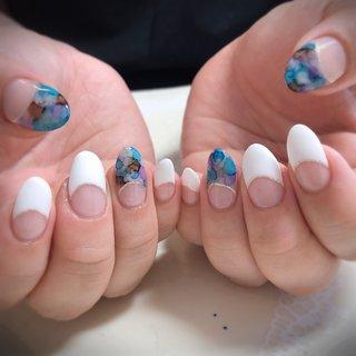 #春 #夏 #海 #リゾート #ハンド #フレンチ #たらしこみ #ミディアム #ホワイト #ブルー #パープル #ジェル #お客様 #fleur05 #ネイルブック