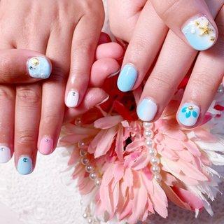 #マリンスタイル#夏ネイル #水色#ピンク#ベビーカラーネイル #たてグラデーション #ポップネイル #キッズネイル #カジュアルネイル #nailbeare #ネイルブック