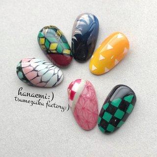 こんにちはஐ花笑☺︎ 大阪 長居 のネイルサロン nail&smile hanaemi ネイルチップ(つけ爪)販売 爪彩工Factory スマイルトレーナー®︎ネイリスト  ゚+。:.゚ஐ♡美沙です゚+。:.゚ஐ♡  いつものネイルに、一本いかがですか?💖  ワンカラーチップの販売カラーチャートを作っていたら...  ちょっと脱線。  楽しくて... 気がついたら...  朝っΣ( ꒪□꒪)‼笑 起きてる時間やん!!  腰が痛い。 よく周りの人から気持ち悪がられる過集中🙈🌸  なんか見た事があるような? 和柄いっぱい作ってみました😊💕  柱を制覇するまで、作ってみます(*n´ω`n*)☆  ネスハピブリングイルズマス゚+。:.゚ஐ♡ 爪先に花を、心に笑顔を。  あなたも... 爪あそび、はじめてみませんか?  このくらいの感じなら... #和柄ネイル として普段使いOKかも?💕   #ネイルは魔法 #長居 #長居ネイルサロン  #nailandsmilehanaemi  #美甲店花笑美 #ハナエミ #ネイリスト #美甲师 #nailtecnician  #大阪 #日本 #osaka #japan #美甲店在大阪 #美甲店在日本  #ネイルチップ販売 #爪彩工Factory #tsumezaikufactory  #セルフネイル教室 #セルフネイルスクール  #鬼滅の刃風ネイル #鬼滅の刃ネイル #オールシーズン #ハンド #和 #ミディアム #ジェル #ネイルチップ #nail&smile hanaemi゚+。:.゚ஐ美沙♡ #ネイルブック