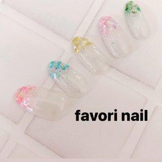 クリアとカラフルシェルで💅 気分あげたーい💕   #favorinail #nail #nails #naildesign #nailsalon #nailstagram #nailbook #広島#岡山#福山#駅家#加茂#神辺#井原#笠岡#powerofnail #フィルイン導入サロン #ルビケイト導入サロン #春 #夏 #ハンド #ゆーこ #ネイルブック