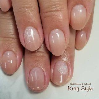 #たらしこみネイル #ハンド #ホワイト #ピンク #kittystyle #ネイルブック