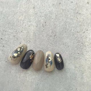#ニュアンスネイル#ジェルネイルデザイン#くすみカラーネイル#シンプルネイル #夏ネイル #ハンド #シンプル #eclat nail design #ネイルブック