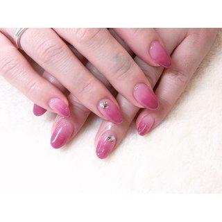 グラデーション🍇🍓 ご来店ありがとうございました🙇♀️💓 ・ ネット予約はネイルブックにて承っております #nails #nail#nailart #naildesign #nailstagram #ネイルアート#グラデーションネイル#シンプルネイル#大人ネイル#オフィスネイル#仙台ネイルサロン #お客様 #高橋 #ネイルブック