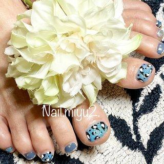 ❤️お客様ネイル❤️ #footnail  #nailmiyu2  #フットネイル  #レオパード #ラメ #かっこいい系ネイル  #夏ネイル #夏 #海 #デート #女子会 #フット #ラメ #ビジュー #アニマル柄 #レオパード #水色 #グレー #シルバー #ジェル #お客様 #Miyuki Nakayama #ネイルブック