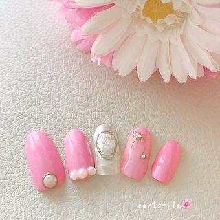 上品パールandピンクカラー💅   #ピンク #nail #nails #パール #上品ネイル #ワイヤー  #大人ネイル #結婚式 #春 #オールシーズン #ブライダル #パーティー #ハンド #ワンカラー #パール #ワイヤー #ショート #ホワイト #ピンク #ジェル #ネイルチップ #CURLSTYLE_nail_eyelash #ネイルブック