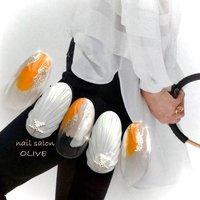 #笑顔nails #大人可愛い #塗りかけネイル  #貝殻 #マーメイド #ホワイト #オレンジ #ベージュ #グレージュ #マリン #夏 #ハンド #シェル #ニュアンス #人魚の鱗 #ホワイト #オレンジ #グレージュ #ジェル #ネイルチップ #nail salon OLIVE #ネイルブック