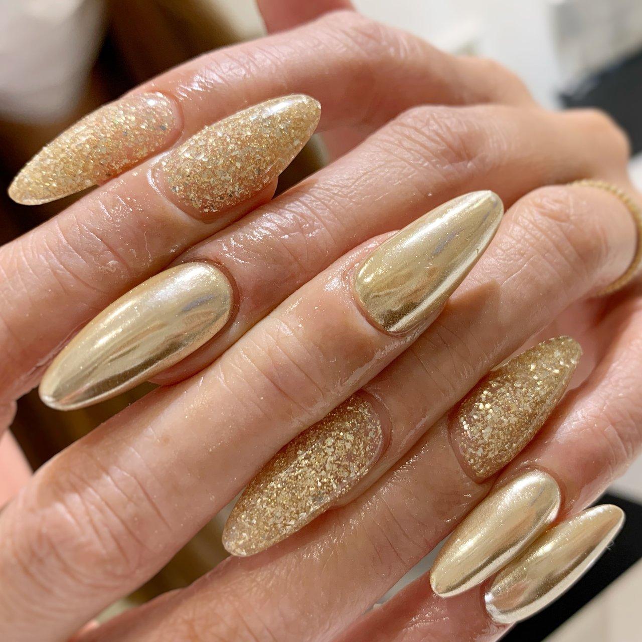#ミラーネイル #Tiara nail #ネイルブック