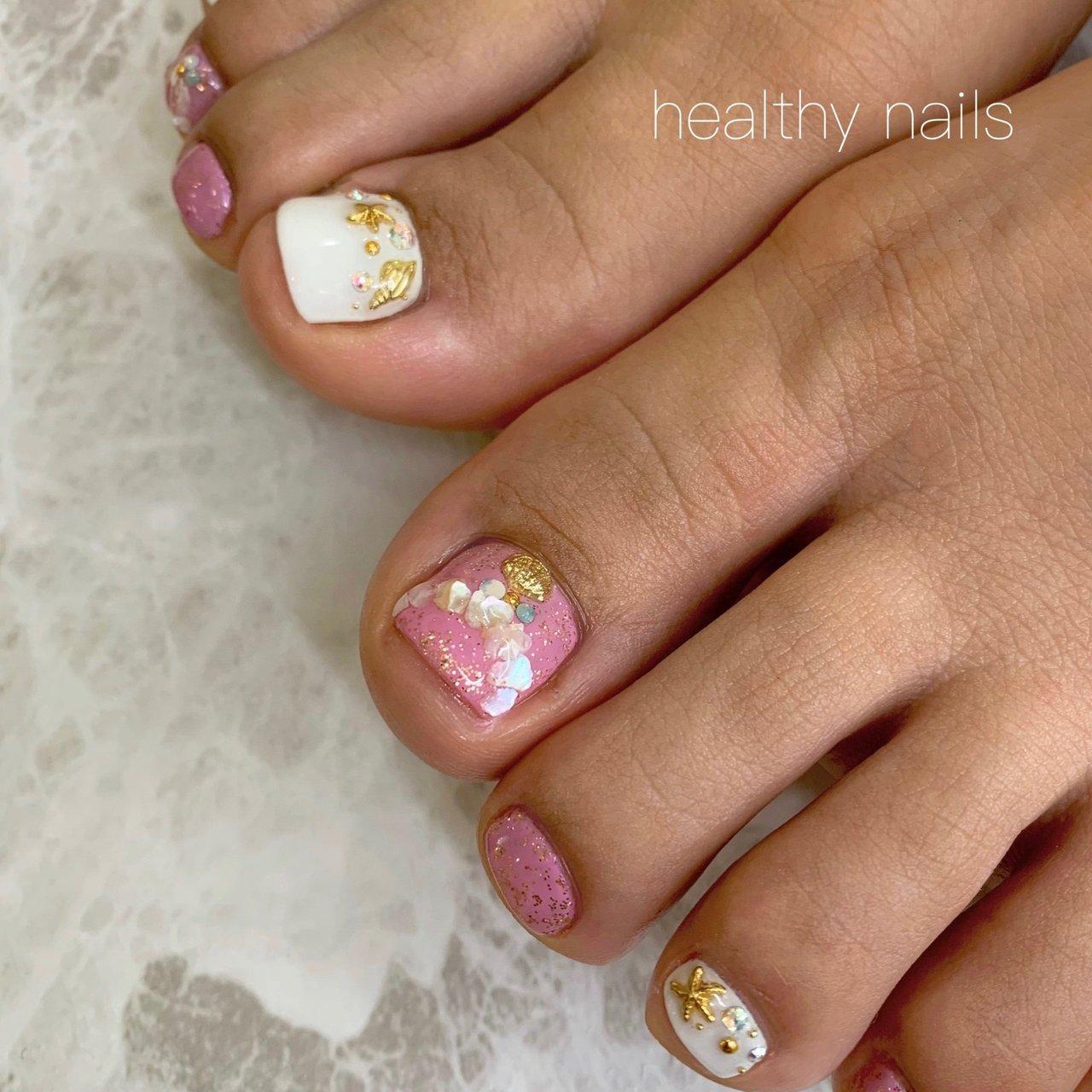 #夏 #海 #リゾート #フット #healthy nails #ネイルブック