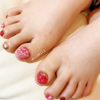 . フットネイルの季節が始まりました♡ . . . #nails#springnails#onecolornails#simplenails#summernails#glitternails#officenails#pinknails#footnails#ネイル#大人ネイル#大人可愛いネイル#上品ネイル#可愛いネイル#春ネイル#オフィスネイル#ワンカラーネイル#シンプルネイル#フットネイル#大理石ネイル#ピンクネイル#夏フットネイル#鹿児島#鹿屋#都城#日南#串間#志布志#志布志ネイル#志布志milimili #春 #夏 #海 #リゾート #フット #シンプル #ワンカラー #ラメ #大理石 #ミラー #ショート #ピンク #レッド #ゴールド #ジェル #milimili #ネイルブック