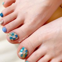 . フットネイルの季節が始まりました♡ 涼しげでとっても可愛いブルーのシェルストーン🐬💕 . . . #nails#springnails#onecolornails#simplenails#summernails#bluenails#officenails#shellnails#footnails#ネイル#大人ネイル#大人可愛いネイル#上品ネイル#可愛いネイル#春ネイル#オフィスネイル#ワンカラーネイル#シンプルネイル#フットネイル#シェルネイル#ブルーネイル#夏フットネイル#鹿児島#鹿屋#都城#日南#串間#志布志#志布志ネイル#志布志milimili #夏 #梅雨 #海 #リゾート #フット #シンプル #ラメ #ワンカラー #シェル #バイカラー #ショート #ターコイズ #水色 #ブルー #ジェル #milimili #ネイルブック