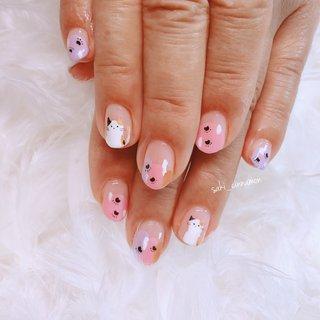 持ち込み画像を参考に😸🐾💓  ねこちゃんとってもかわいいです💕😆ありがとうございました✨   #ネイル #ジェルネイル #ネイルアート #nail #nails #nailart #gelnail #福岡ネイル #福岡ネイルサロン #大牟田ネイル #美甲 #ネコネイル #丸フレンチ #シンプル #変形フレンチ #ホワイト #ピンク #saki_cinnamon #ネイルブック