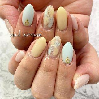 ネイルクローネ✳︎日本橋八重洲 12時〜21時・03-6281-9847  #ネイルアート #ネイルデザイン #ネイルサロン #ネイル画像 #nail#nails #nailart #nails💅 #nailcrone #nailstagram #glitternails #instanail #lovenails #naildesigns #日本橋#トレンドネイル #日本橋ネイルサロン #八重洲#東京ネイルサロン #初夏ネイル #フラワー #花 #ニュアンスネイル #おうち時間 #stayhome #コロナが終わったらやりたいネイル #コロナに負けるな #nail-crone #ネイルブック