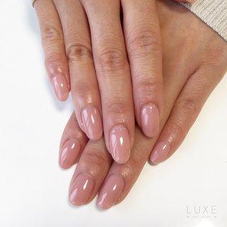 美爪のお客様💕   どんなお洋服にも合わせやすく品のあるシアーなピンクベージュ✨  肌馴染みが良くお手元がより美しく、とてもお似合いでした🥰   シアーなお色からマットなお色まで、ピンクやベージュを多数取り揃えております🌼  お好みのピンクやベージュを是非、見つけて下さい💓 --------------------------------------------- ・ nailsalon luxe ・ 営業時間 9:00~18:00 定休日 日曜日 ・ おおたかの森駅西口☆徒歩1分 全席リクライニングソファーでゆったり癒しのひと時を♪ 広々個室のキッズルーム、おむつ交換台完備でママにも嬉しい設備☆ 全メニューお爪を削らずに素材美を提供するサロン☆ ・ ・ 《ご予約/お問い合わせ》 04-7196-7556 ご予約はお電話かホットペッパービューティーから承っております。 ご来店心よりお待ちしております。 ・ ・ --------------------------------------------- #流山おおたかの森#流山おおたかの森ネイルサロン#柏の葉#つくばエクスプレス#アーバンパークライン#流山#柏#南流山#三郷#ネイルケア#シェラック#ジェルポリッシュ#ワンカラー #キッズルーム完備 #パラジェル#ノンサンディングジェル#シンプルネイル#オフィスネイル#ネイルアート#シンプルネイル#luxe#nailsalonluxe #春 #夏 #秋 #冬 #ハンド #ワンカラー #クリア #ベージュ #ピンク #LUXE Nagareyama(リュクス 流山おおたかの森) #ネイルブック