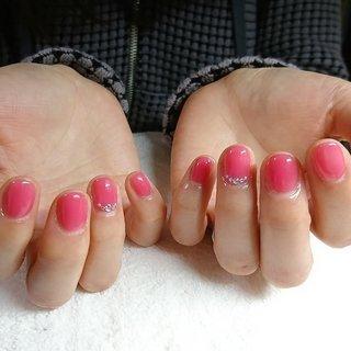 カラーを混ぜてお客様好みのキュートなピンクネイルに♥️ #ピンクネイル#ショートネイル#キュートネイル#ちゅるんとカラー #オールシーズン #パーティー #デート #女子会 #ハンド #シンプル #ワンカラー #ショート #ピンク #ジェル #お客様 #美・ひまわり #ネイルブック
