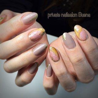 ✧ #ストーンネイル ⋆*❁*⋆.。* ✧ ※サロンは現在休業中です (休業前に撮り溜めた写真をアップしてます) ✧ #nail #nails #instanail #instanails #lovenails #cutenails #gelnails #gelnail #nailsdesign #nailfashion #ネイル #ネイルデザイン #ネイルスタグラム #ネイルアート #ジェルネイル #インスタネイル #💅 #大人ネイル #埼玉ネイル #上尾ネイル #上尾ネイルサロン #春ネイル #冬ネイル #美甲 #凝胶钉 #젤네일 #private nailsalon Buena #ネイルブック