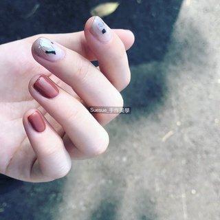 我的寶貝超會拍照 還是自然光最好❤️ #nails #nail art #gelnail #gelnails #taiwan #taipei #ネイル #ネイルアート #광선검  #광선블러셔 #광선요법 #光療 #光療指甲 #台北 #台北東區 #suesue手作美學 #楊小魚 #忠孝復興 #手繪凝膠 #手繪光療 #暈染凝膠 #暈染光療 #東區美甲 #凝膠 #eyelash #東區美睫 #美睫 #霧眉 #Suesue_nails #楊小魚 #ネイルブック