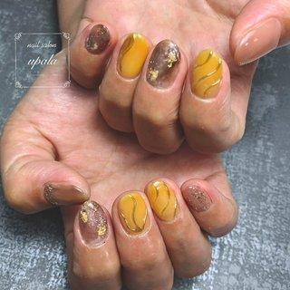 . . . yellowとbrownでまとめました** leafのラメを気に入って下さり多様しました✨  . . . . . #ジェルネイル #グラデーション #nail #nails #nailart #nailswag #nailpolish#springnails #春ネイル #春ネイルデザイン #夏ネイル #夏ネイルデザイン #summernail #ニュアンス #ニュアンスネイル #オトナ女子ネイル #シェル #ミラーネイル #メタリック #メタリックネイル #ピンク #梅雨ネイル #水滴ネイル #パープル #シンプルネイル #大阪ネイル #岸和田ネイル #nailsalonupala #upala #夏 #オールシーズン #梅雨 #デート #ハンド #ラメ #大理石 #ニュアンス #ホイル #ミラー #イエロー #ブラウン #ゴールド #ジェル #お客様 #upala Mayuko #ネイルブック