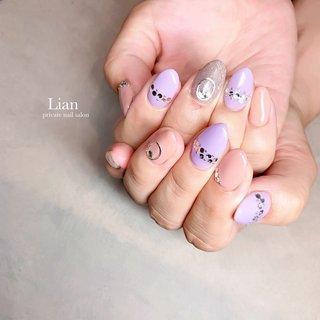 purple× beige ❤︎nail. . . 7週間ぶりに営業再開で きてくださいました☺️❤️ . 伸び伸びでしたが、浮きなしで ついてて良かったです♪ . . ありがとうございました♡ . . . . .  . . #パープルネイル#パステルカラーネイル#ストーンネイル#ベージュネイル#シンプルネイル 三木市#三木市ネイルサロン#三木市プライベートネイルサロン #private nail salon Lian #ネイルブック