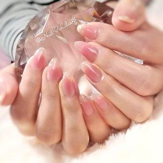 ❥❥❥ ■ジェルネイルにこんなお悩みありませんか? ✓爪が薄くて弱い ✓毎回2〜3週間しかもたない ✓根元が浮いて髪の毛が挟まりイライラする ✓家事などで手を使うから先端から浮く ✓伸びてきたら切りたいけど取れやすくなるから我慢している ✓深爪、噛み癖がある ✓アセトンオフが苦手 ✓何回かジェルをして爪が傷むので休ませたりする そんな方におすすめなのがパーフェクトフィルイン💅 パーフェクトフィルインなら解決できる事あります❣ お気軽にお問い合わせください🎵 ❥❥❥ ✻Nail♡Lilas✻ 月~土⏩ AM9:30~ / PM13:00〜 (最終受付14:00) 定休日⏩ 日祝 ✻パーフェクトフィルイン導入 ✻グリーンネイル予防•施術可能 ✻深爪改善メニュー ❥❥❥ #チークネイル #長さ出し #パーフェクトフィルイン #ハンド #グラデーション #ラメ #チーク #ピンク #グレージュ #ゴールド #ジェル #お客様 #Kaori #ネイルブック