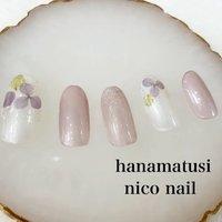 涼しげな紫陽花ネイルです。💕  パールカラーをベースに紫陽花を散らしました。☘  紫陽花の色は、ピンクや水色もあります。💫  ポイントには、シルバーラメを・・  これからの季節にオススメです💕    #パールネイル #紫陽花ネイル #シルバーネイル #ラメネイル #大人ネイル #浜松市ネイルサロン #浜松市自宅ネイルサロン #浜松市ネイルサロンニコネイル #浜松市中区ネイルサロン #浜松市中区ネイルサロンニコネイル #浜松市中区ネイルサロン #浜松市ブライダルネイル #浜松市 #浜松ネイルサロン #夏ネイル #大人可愛い #大人上品ネイル #おしゃれネイル #夏 #ハンド #ラメ #フラワー #パープル #シルバー #ジェル #ネイルチップ #niconail #ネイルブック