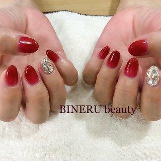 赤ネイル❤️❤️透明感を大切にしました🥰埋め尽くしもキラキラしていてジュエリーいらずです✨ #赤ネイル #埋め尽くしネイル #BINERU beauty #静岡ネイルサロン #BINERU beauty #ネイルブック