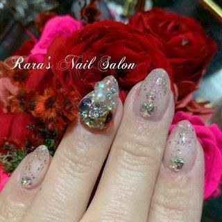 #Mynails#キラキラ #ビジュー #ユラユラパーツ #赤ストーン #パラジェル登録サロン #八戸市ネイルサロン #ララズネイルサロン #Rara #ネイルブック