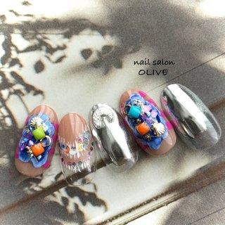 #笑顔nails #大人可愛い  #派手 #サンダルネイル  #ミラー #シルバーミラー  #カラフル #ブルー #ピンク  #夏 #ベージュ #サマーネイル #大人女子 #夏 #ハンド #マリン #ミラー #ピンク #ネイビー #シルバー #ジェル #ネイルチップ #nail salon OLIVE #ネイルブック