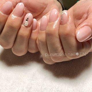 ❁ ⚠️現在休業中です🙏 休業前のネイルデザインUPします♥️💅 * * ナチュラルカラーでダブルグラデーション❤ ベイビーブーマはとっても綺麗なんです! * 写真じゃ分かりにくいですが ピンクカラーには、ほんのりラメパールが✨ ナチュラルにしたい方は ピンクパールの1度色塗りや、グラデーションも オススメです(๑˘ ˘๑)*.。 * こちらNEW colorです❤❤❤ * * #ベイビーブーマー #グラデーション  #シースルーネイル #パールネイル  #nail #nails #nailart #ネイル #ネイルデザイン #お呼ばれネイル #ブライダルネイル #お上品ネイル #ナチュラルネイル #シンプルネイル #ジェルネイル #フィルイン #フィルイン一層残し #大人ネイル #大人女子ネイル #purumerianail_en #purumeria_nail_EN #兵庫県 #西脇市 #加東市 #加西市 #小野市 #三木市 #加古川市 #西脇市ネイル #西脇ネイル #purumeria nail*EN #ネイルブック