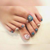 自爪の傷みが気になる。ジェルの持ちが悪い。 深爪を綺麗にしたい。お客さまお一人おひとりの悩みに寄り添い、美しい指先へと導きます。 . . . *.・.୨୧┈︎┈︎┈︎┈︎┈︎┈︎┈︎┈︎┈︎┈︎┈︎┈︎୨୧☆.⑅︎.*  フォロー&👍ご覧下さりありがとうございます . . *.・.⑅︎୨୧┈︎┈︎┈︎┈︎┈︎┈︎┈︎┈︎┈︎┈︎┈︎┈︎୨୧⑅︎.・.* #夏ネイル  #フットネイル #大人かわいい #美甲 #nailstagram#nailbook #naildesigs#nailart #岡崎市#安城#豊田#幸田 #知立#岡崎#愛知 #愛知県#高浜 #岡崎市ネイルサロン#岡崎ネイルサロン #幸田町ネイル#豊田市 #幸田町#蒲郡 #岡崎市ブライダル #夏 #フット #ホログラム #ラメ #ワンカラー #ビジュー #押し花 #ターコイズ #ブルー #メタリック #ジェル #✨esthetic&nail Luire*リュイール*✨ #ネイルブック
