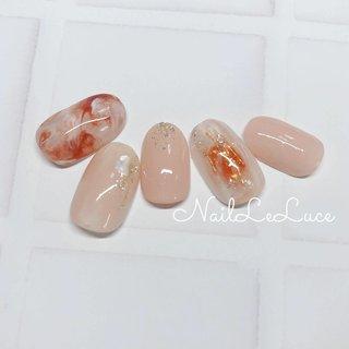 . ✩.*˚┴─┴┴─┴┴─┴  . 少し赤みがあるオレンジ べっ甲によく使う温かみの あるカラーが気分♡ . ┴─┴┴─┴┴─┴✩.*˚ . . . . #nailstylist #nailsaddict #nailsnailsnails #coolnailart #frenchnails #simplenails #beautyas #ikebukuro #privetesalon #nailleluce #marblenail #hagoromo #シンプルネイル #スタイリッシュネイル #シンプルなネイルが好き #池袋南口 #プライベートサロン #透け感ネイル #大人のネイルサロン #大人のネイルアート #オトナ女子ネイル #べっ甲 #べっ甲オレンジいろ #プルンネイル #ニュアンスマーブル #ニュアンスネイル💅 #組み合わせいろいろネイル #シェル #シースルー #チーク #ニュアンス #マーブル #moto...hirano•*¨*☆*・゚〖NailLeLuce〗 #ネイルブック