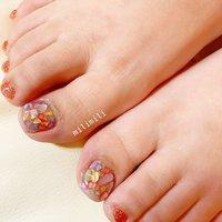 . フットネイルの季節が始まりました♡ カラフルシェルストーン🐚💓 . . . #nails#springnails#onecolornails#simplenails#summernails#officenails#footnails#shellnails#colorfulnails#ネイル#大人ネイル#大人可愛いネイル#上品ネイル#可愛いネイル#春ネイル#オフィスネイル#ワンカラーネイル#シンプルネイル#フットネイル夏フットネイル#シェルネイル#シェルストーン#シェルストーンネイル#鹿児島#鹿屋#都城#日南#串間#志布志#志布志ネイル#志布志milimili #夏 #旅行 #海 #リゾート #フット #ラメ #ワンカラー #シェル #ジェル #milimili #ネイルブック