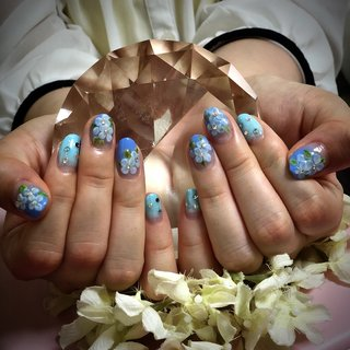 #紫陽花 #エンボスアート #梅雨ネイル #梅雨 #ハンド #フラワー #水色 #ブルー #ジェル #お客様 #Berry Nail #ネイルブック