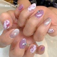 常連さんのお母様  初めてのご来店でしたが、若々しく美爪なのにビックリ!  綺麗な爪も、お好きなカラーも、親子でソックリでした😊  👆2枚目はお嬢様のネイル こちらはサンプルからのデザインを全てマットに   #nail #nails #naildesign #nailsalon #jelnail #japan #instanail #fashion #nailart #summernails #springnails #ネイル #ネイリスト #ネイルデザイン #ネイルサロン #ジェルネイル #夏ネイル #春ネイル #ネセパネイル #さいたま市ネイルサロン #東浦和ネイルサロン #さいたま市ネイルスクール #東浦和ネイルスクール #夏 #オールシーズン #ラメ #フラワー #ホワイト #パープル #ブラック #ジェル #お客様 #ネセパネイル salon&school #ネイルブック