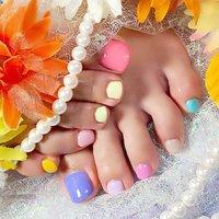 #10カラーフットネイル ホットペッパー予約→https://beauty.hotpepper.jp/kr/slnH000388294/?cstt=4 Nail bookからの予約→https://nailbook.jp/nail-salon/22861/ 値段表→http://thiroom.blog.fc2.com/blog-entry-186.html ブログ→thiroom.blog.fc2.com/ #天美 #ネイルサロン #大阪ネイル #ネイル #キラキラネイル #春ネイル #おしゃれネイル #nail #Cutenail #おしゃれ #かわいい #河内天美 #松原市 #癒し #素敵女子 #女子力 #ネイルサロン #ジェルネイル #女子会 #ファッション #ラメ #デート #可愛い #10カラーネイル #フットネイル #オールシーズン #ライブ #スポーツ #デート #フット #ワンカラー #カラフル #ペディキュア #お客様 #THI-ROOM #ネイルブック