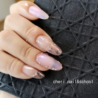 my nail  私の肌でもピンクゴールドは合うから好き💖  イエロー系や日焼け肌の方にも安心してオススメできる💄💄 #オールシーズン #オフィス #パーティー #デート #ハンド #マット #ミラー #ロング #ピンク #メタリック #スカルプチュア #cheri_nail_keiko #ネイルブック