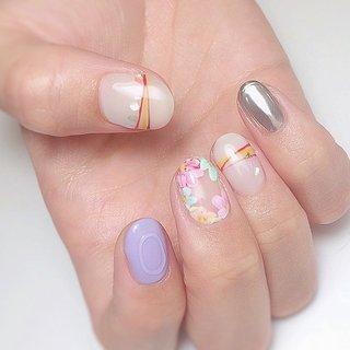 ・ 春のちぐはぐネイル💅 ・ 右手と左手でポイントカラーを変えるだけで雰囲気が変わります✨ ・ リモートワークの増えた今こそ チャレンジしたいデザインをぜひ😌✨✨ ・ ✔️似合うネイル ✔️気持ちが上がるネイル ✔️もちが良い ✔️自爪をなるべく傷めない ・ #オーダーメイドネイル #質感調整ネイル #透明感ネイル #手が綺麗に見えるネイル #ジュエリーのようなネイル #恵比寿 #恵比寿ネイルサロン #恵比寿ネイルサロンRing #上品ネイル #オフィスネイル #大人ネイル #ネイルチェンジ #ジェルアート #ネイルアート #トレンドネイル #nail #gelnail #handnail #お洒落さんと繋がりたい #ちぐはぐネイル #春ネイル2020 #AKIKO(Ring恵比寿) #ネイルブック