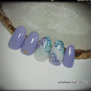 ・ #定額デザインコース❣         🌹rinmonroenail 🌹 🕛9:30~19:00 ご予約・お問い合わせは LINE🆔 @zww9449d インスタグラムDMから 承っておりますので、 お気軽にお問い合わせくださいませ。 心よりお待ちしております。 (*˘︶˘*).。.:*♡ ・ ・ ・ ・ ・ ・ ・ #nail #nailart #nailartist #naildesign  #nails #naildesigns #nailist #nailarts  #nailstagram #gelnail #gelnails  #gelato #gel #美爪 #美甲  #ネイルデザイン #ネイルアート  #春ネイル #春夏ネイル #夏ネイル  #紫陽花ネイル #あじさいネイル  #あじさい #アジサイ #紫陽花  #アジサイ柄ネイル #梅雨ネイル  #フラワーネイル #花柄ネイル  #可愛いネイル #女子ネイル  #オフィスネイル #上品ネイル  #水彩プロフェサー認定講師岡山  #岡山市東区ネイルサロン  #岡山市ネイルサロン #rinmonroenail #春 #夏 #梅雨 #オフィス #ハンド #シンプル #フラワー #ジェル #ネイルチップ #rinmonroe nail #ネイルブック