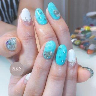 #夏ネイル ターコイズブルーで夏らしく🏝 夏の先取りで素敵💕  お客様の雰囲気に合わせて色味やデザインを考えるの得意です!是非お任せください! また、爪が薄い方や弱い方、アセトンがしみる方は一度ご相談ください! 羅#鳩ヶ谷 #自宅ネイルサロン #ジェル #アセトン使わない #ネイルデザイン #女子力アップネイル #女子力アップ#ぷっくりネイル#ちゅるんネイル #プライベートネイルサロン #鳩ヶ谷ネイルサロン #鳩ヶ谷ネイル #川口ネイルサロン #爪育成 #美爪 #丁寧な施術 #ターコイズブルー #ドロップネイル #海ネイル #夏 #夏 #海 #リゾート #ハンド #フレンチ #スターフィッシュ #ミディアム #ホワイト #クリア #ターコイズ #ジェル #お客様 #nail salon N×N Nao #ネイルブック