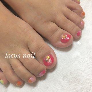 夏フットネイル。 #夏 #ピンク #オレンジ #水色 #aya #ネイルブック